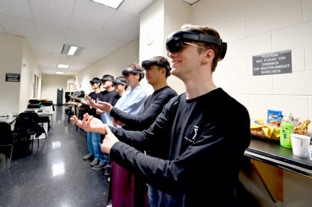 【特集】IKEBANA × TECHNOLOGYの舞台裏から見た複合現実(Mixed Reality)とアートの可能性